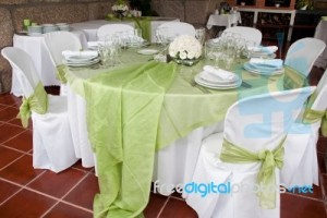 wedding-table-100156852